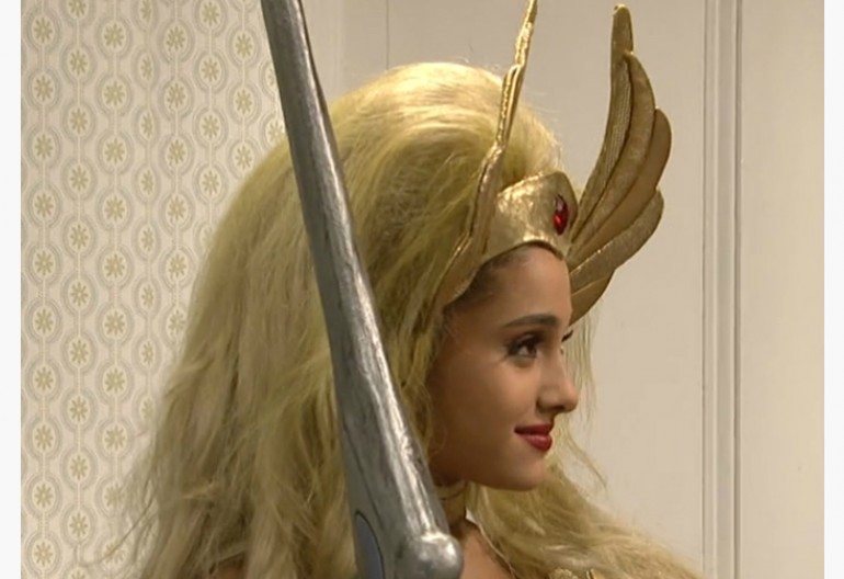 ARIANA GRANDE As He-Man's She-Ra On Saturday Night Live
