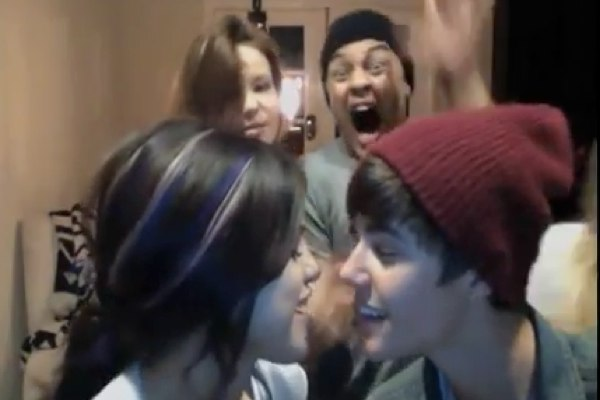Justin bieber friends lip sync carly rae jepsens really like