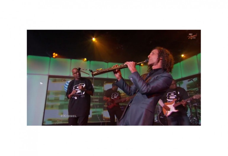 "Kenny G & Warren G Performing ""Regulate"" on Jimmy Kimmel Live"