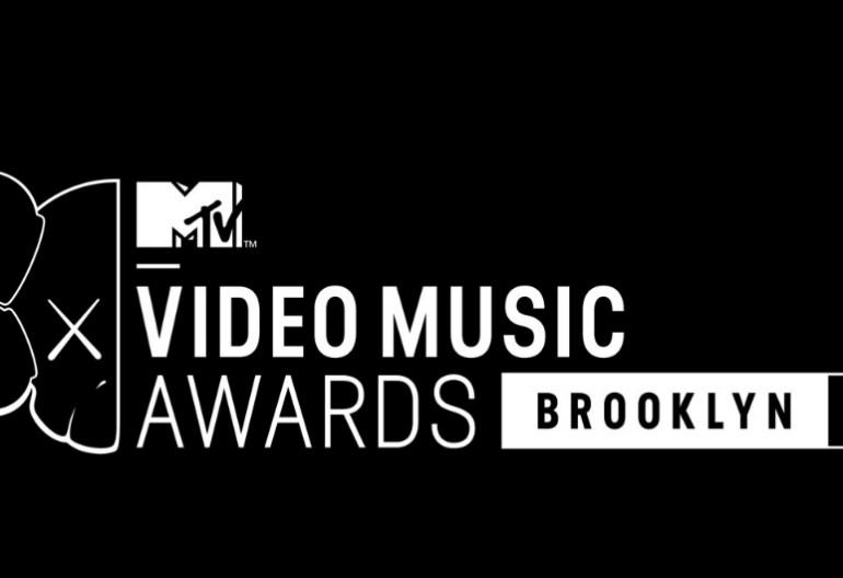 MTV 2013 VMAS Logo
