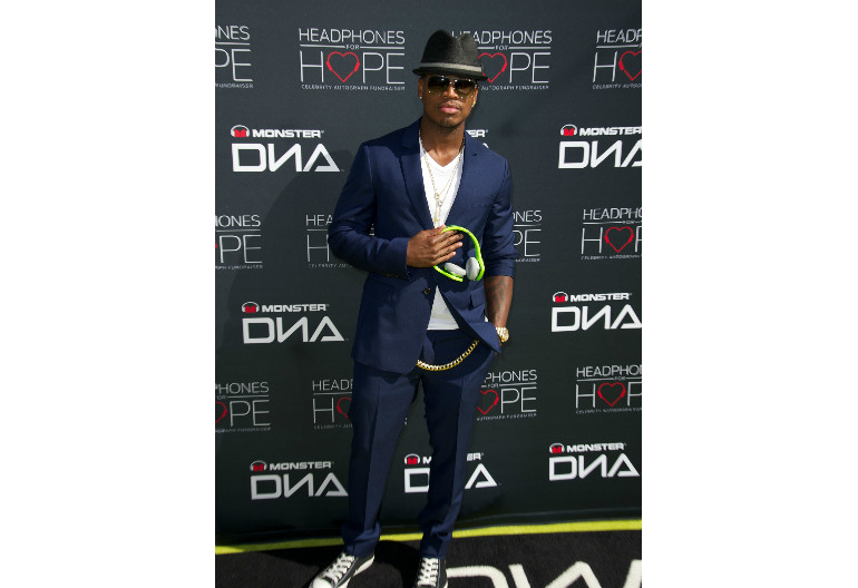 Ne-Yo At Headphones For Hope