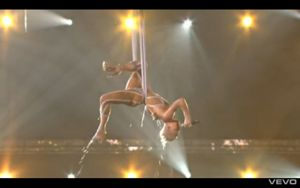 Pink, Grammy Performance 2010