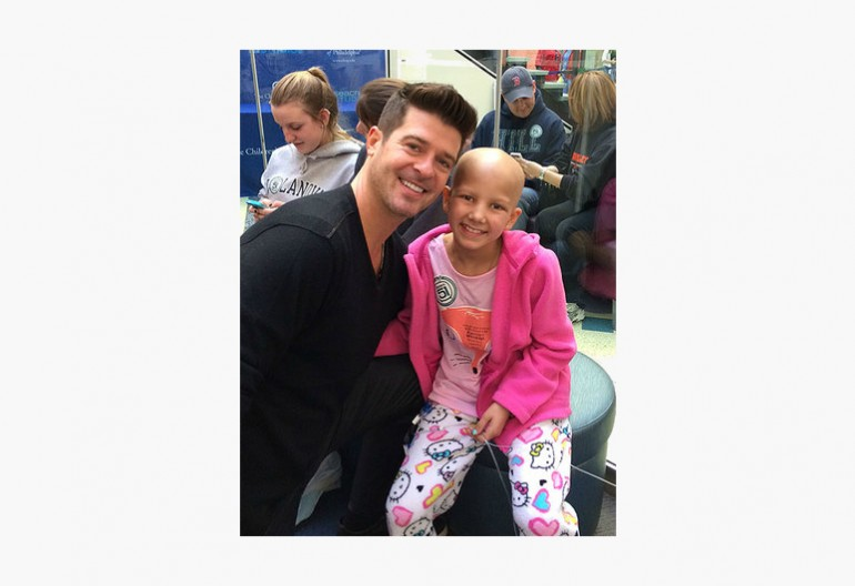 Robin Thicke At Children's Hospital Of Philadelphia