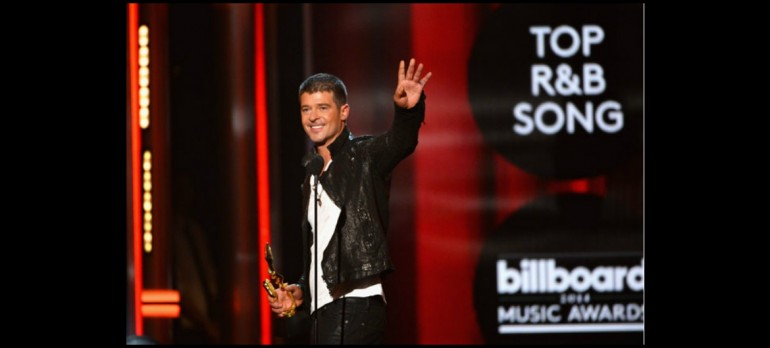 """Robin Thicke Winning """"Best R&B Song"""" For """"Blurred Lines"""" at The 2014 Billboard Music Awards"""