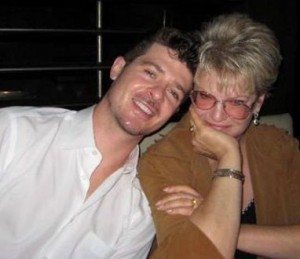 Robin Thicke With His Mom Gloria Loring