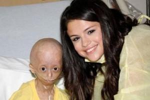 Selena-and-Hana-