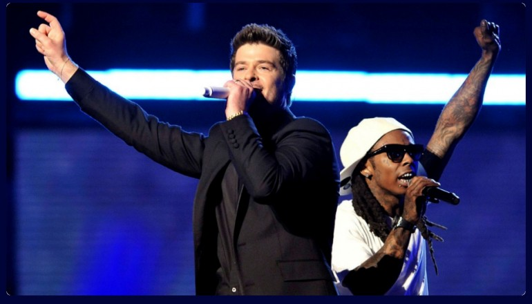 """Robin Thicke & Lil Wayne at the 51st Annual Grammy Awards Performing """"Tie My Hands"""" in 2009"""