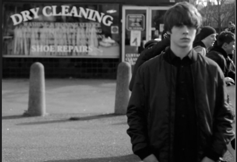 """Jake Bugg In """"Messed Up Kid"""" Video"""