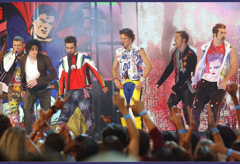 *NSYNC And Michael Jackson At The 2001 MTV Video Music Awards